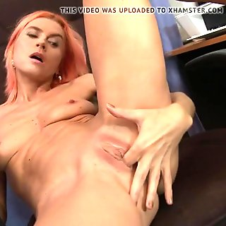 Mature skinny mom with thirsty old cunt