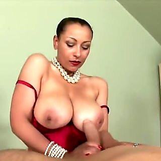oil handjob by superhot english milf