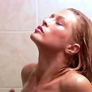 Hottie Pornstar Amber Smith