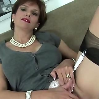 Unfaithful british milf lady sonia flashes her huge boobies
