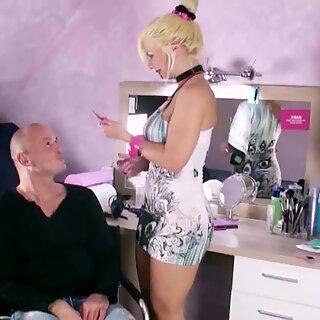 German Hairdress MILF Fuck Client at Homeworking because Corona