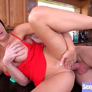 Sexy Busty Wife (Reagan Foxx) Love Intercorse On Camera movie-20