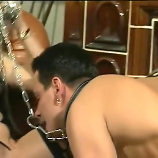 Chained and fucked - Julia Reaves