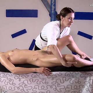 Very hairy lesbian babe Rita Mochalkina gets her first massage