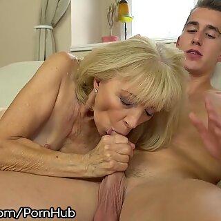 21SeXtreme kinky grannie Rides Young Studs Throbbing fuckpole