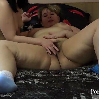 plumper girl-on-girl cuni fisting