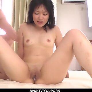 Kokematon Yumi Tanaka yrittää useita Kullit samaan aikaan - enemmän osoitteessa 69Avs.com