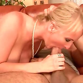 sucking the fat dick and the blow is rigid