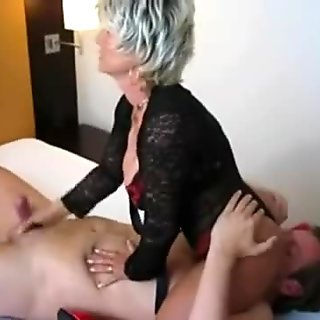Milf gives handjob and receives oral