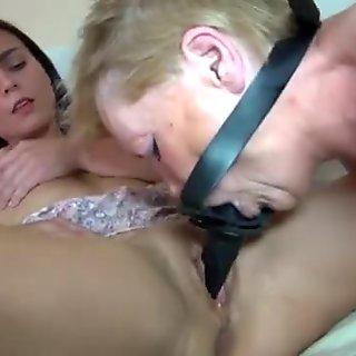 Oldnanny σέξι λεσβίες κορίτσια στιγμιότυπα