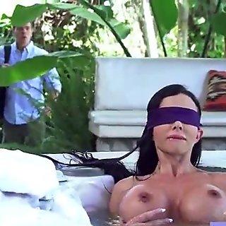 Hardcore Intercorse With Big Round Boobs Wife (Jewels Jade) mov-16