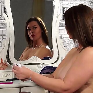Beautiful mature mom with big tits and hot body