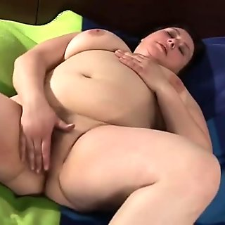 Huge mature mom playing with her hairy pussy