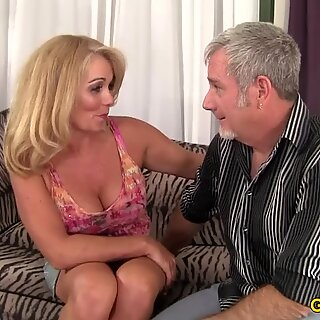 Sexy and mature Crystal Taylor hardcore
