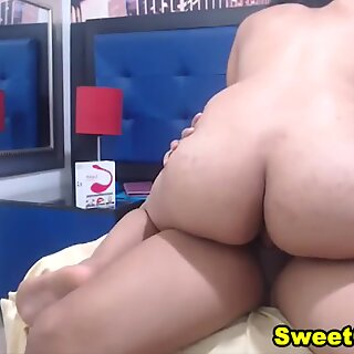 Amazing Colombian Duo Gets Enjoys Morning Sex