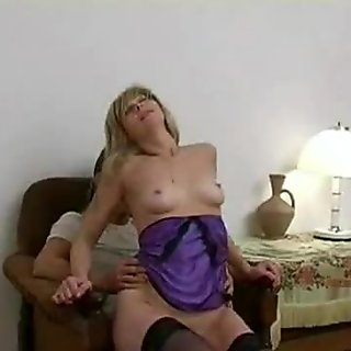 Mom Gets Fucked By Daughter'_s Boyfriend