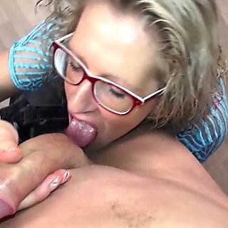 German housewife fucking and sucking young model