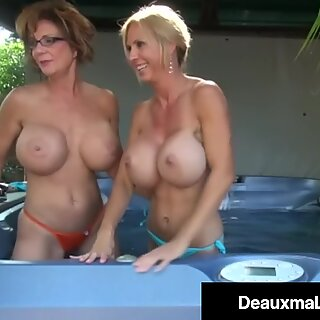 Busty Cougars Deauxma & Brook Tyler Pussy Fuck Their Mature Muffs!